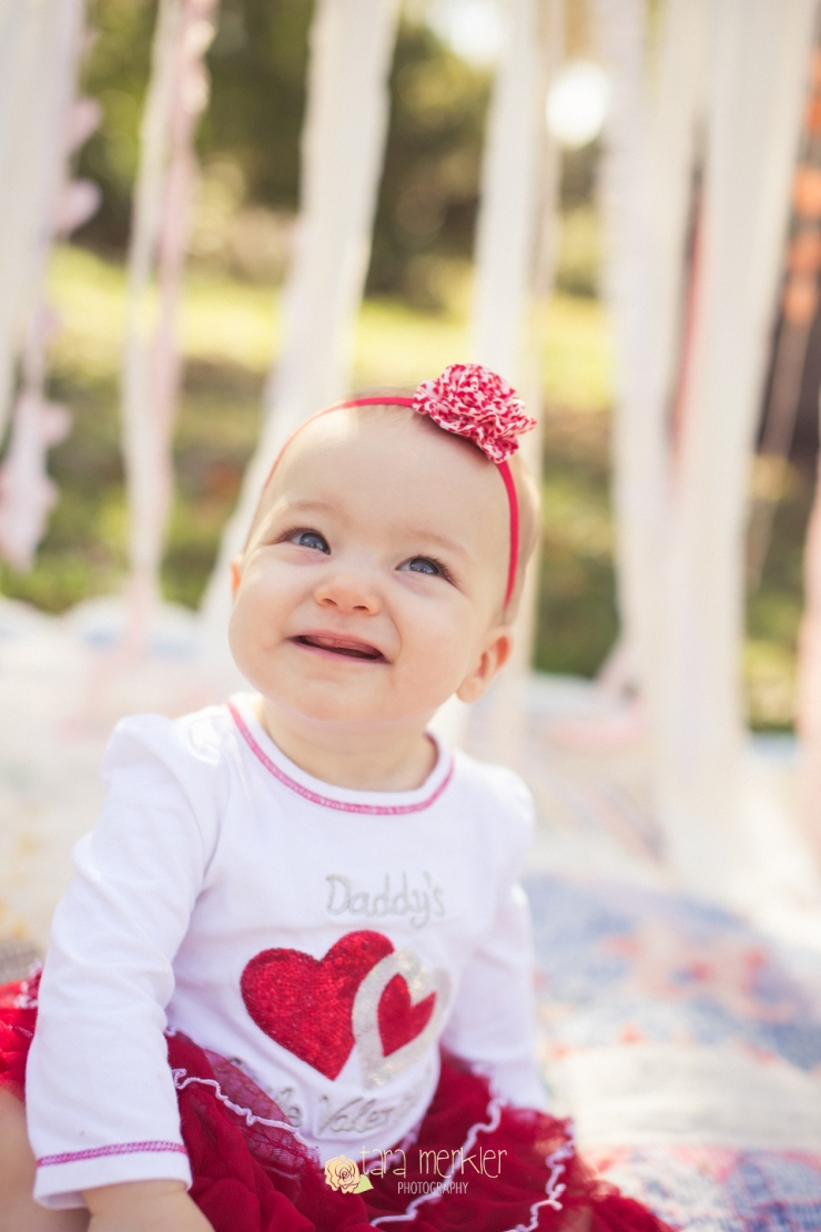Newcomer Valentine Mini Session by Tara Merkler Photography_0003.jpg